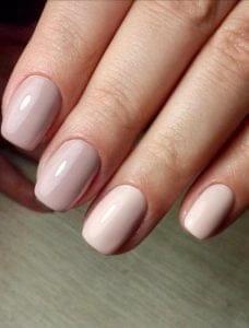 Особенности маникюра для коротких ногтей